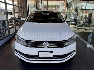 Volkswagen Jetta Sport usado (2017) color Blanco Candy precio $240,000