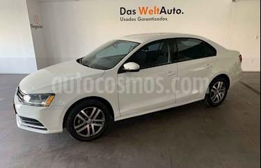 Volkswagen Jetta 4p Trendline L5/2.5 Man usado (2017) color Blanco precio $203,000