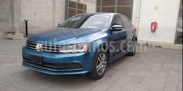 Volkswagen Jetta Trendline usado (2017) color Azul precio $230,000