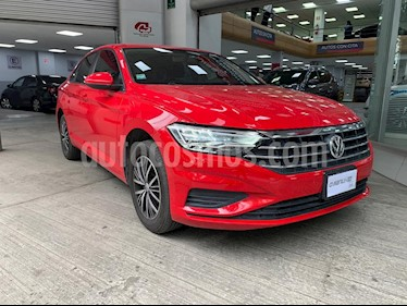 Volkswagen Jetta Trendline Tiptronic usado (2019) color Rojo precio $290,000