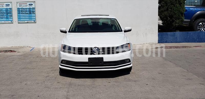 Volkswagen Jetta SPORTLINE AUT usado (2016) color Blanco precio $225,000