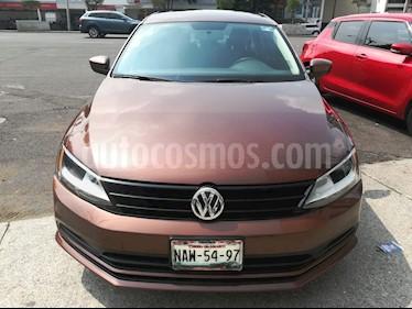 Volkswagen Jetta 2.0 Tiptronic usado (2016) color Plata precio $179,000