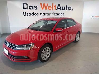 Volkswagen Jetta 4p Comfortline L5/2.5 Aut usado (2018) color Rojo precio $254,900