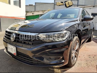 Foto Volkswagen Jetta R-Line Tiptronic usado (2019) color Negro precio $350,000