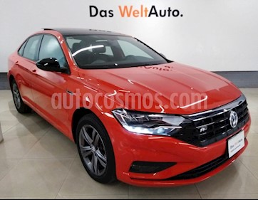 Foto venta Auto usado Volkswagen Jetta R-Line Tiptronic (2019) color Naranja precio $338,000