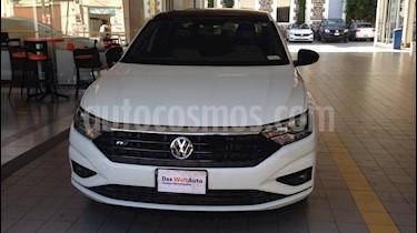 Foto Volkswagen Jetta R-Line Tiptronic usado (2019) color Blanco precio $344,000