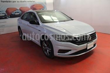 Foto venta Auto usado Volkswagen Jetta R-Line (2019) color Blanco precio $340,000
