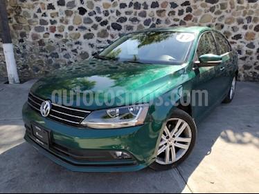 Foto venta Auto Seminuevo Volkswagen Jetta Sport Tiptronic (2017) color Verde precio $295,000