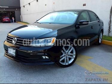 Foto venta Auto Seminuevo Volkswagen Jetta Sport Tiptronic (2015) color Negro Onix precio $215,000