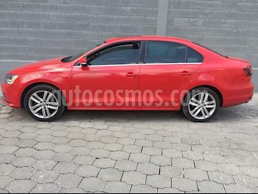 Foto Volkswagen Jetta Sport  usado (2016) color Rojo precio $240,000