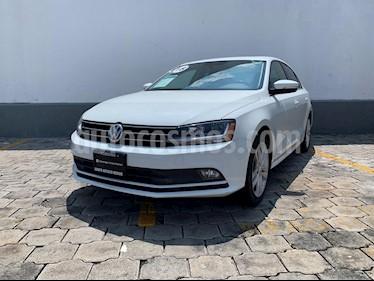 Volkswagen Jetta Sport usado (2018) color Blanco precio $295,000