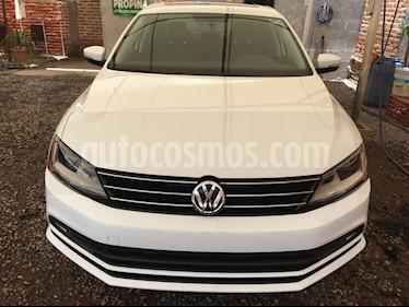 Volkswagen Jetta Sportline 1.8 T Piel usado (2018) color Blanco precio $275,000