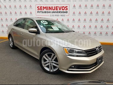 Foto venta Auto usado Volkswagen Jetta Sportline 1.8 T Piel (2016) color Bronce precio $230,000