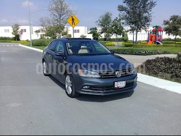 Foto venta Auto usado Volkswagen Jetta Sportline Tiptronic (2015) color Gris precio $215,000