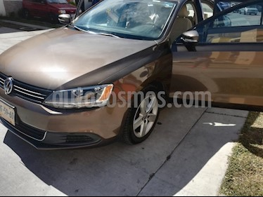Foto venta Auto usado Volkswagen Jetta Sportline Tiptronic (2014) color Marron precio $180,000