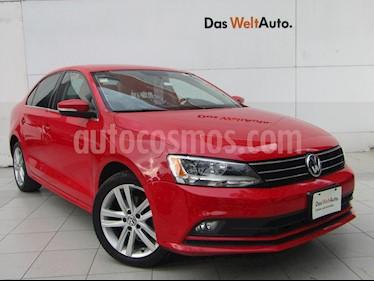 Foto venta Auto usado Volkswagen Jetta Sportline Tiptronic (2015) color Rojo Tornado precio $225,000
