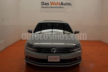 Foto venta Auto usado Volkswagen Jetta Sportline Tiptronic (2018) color Plata Lunar precio $281,700