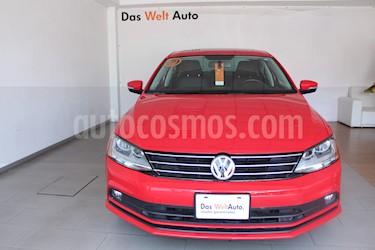 Foto Volkswagen Jetta Sportline Tiptronic usado (2018) color Rojo precio $315,000
