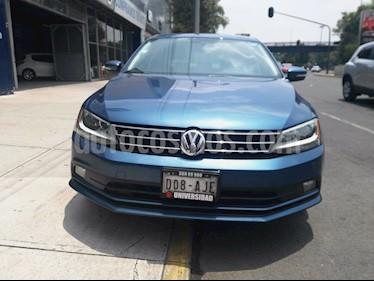 Foto Volkswagen Jetta Sportline usado (2016) color Azul precio $235,000