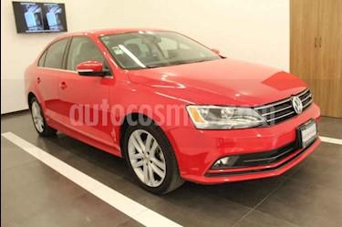 Foto venta Auto usado Volkswagen Jetta Sportline (2016) color Rojo precio $239,000