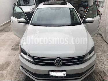 Foto venta Auto usado Volkswagen Jetta Sportline (2017) color Blanco precio $239,000