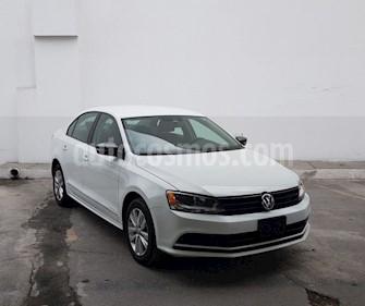 Foto Volkswagen Jetta Style Active Tiptronic usado (2017) color Blanco precio $261,200