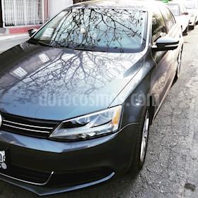 Foto venta Auto usado Volkswagen Jetta Style Active (2013) color Gris Platino precio $155,000