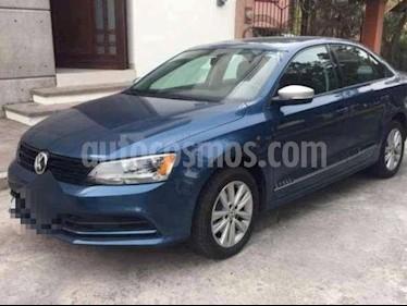 Foto venta Auto Seminuevo Volkswagen Jetta Style (2017) color Azul precio $230,000