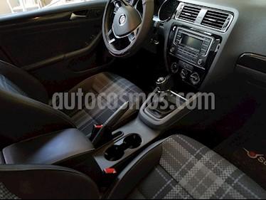 Volkswagen Jetta Style usado (2017) color Plata Reflex precio $215,000