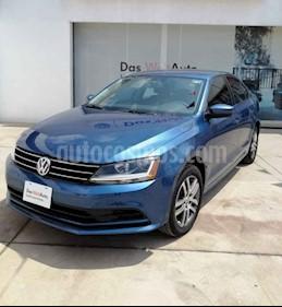 Foto venta Auto usado Volkswagen Jetta Trendline 2.0 Aut (2018) color Azul precio $263,000