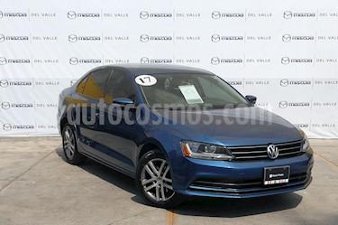 Foto venta Auto usado Volkswagen Jetta Trendline 2.0 Aut (2017) color Azul precio $243,000