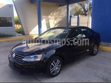 Volkswagen Jetta Trendline 2.0 usado (2016) color Negro precio $185,000