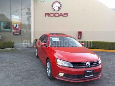 Foto venta Auto usado Volkswagen Jetta Trendline Tiptronic (2017) color Rojo precio $235,000