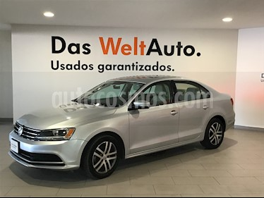 Foto Volkswagen Jetta Trendline Tiptronic usado (2016) color Plata Reflex precio $198,000