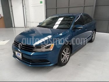 foto Volkswagen Jetta Trendline Tiptronic usado (2016) color Azul precio $220,000