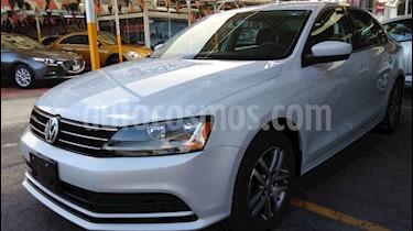 foto Volkswagen Jetta Trendline Tiptronic usado (2018) color Plata precio $219,900