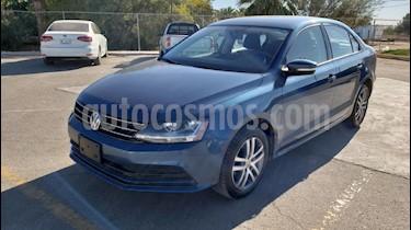 Foto venta Auto usado Volkswagen Jetta Trendline Tiptronic (2017) color Azul precio $208,900