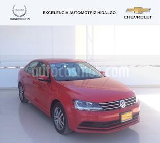 Foto venta Auto usado Volkswagen Jetta Trendline Tiptronic (2017) color Rojo Tornado precio $265,000