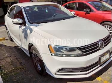 Foto venta Auto Seminuevo Volkswagen Jetta Trendline Tiptronic (2015) color Blanco precio $199,000