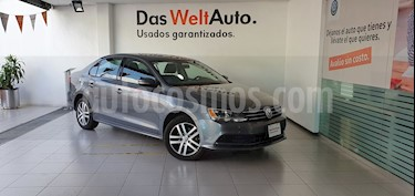 Volkswagen Jetta Trendline Tiptronic usado (2015) color Gris Platino precio $169,000