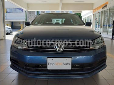 Volkswagen Jetta Trendline usado (2018) color Azul precio $233,000