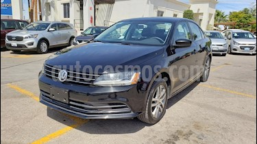 Foto venta Auto usado Volkswagen Jetta Trendline (2018) color Negro precio $232,800