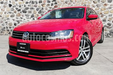 Foto venta Auto usado Volkswagen Jetta Trendline (2018) color Rojo precio $240,000