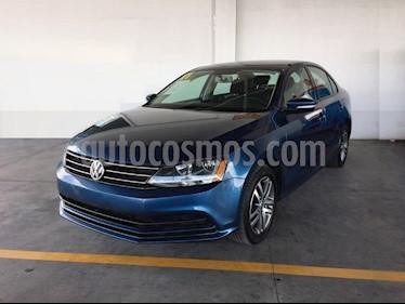 Foto Volkswagen Jetta Trendline usado (2017) color Azul precio $238,000