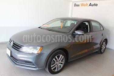 Foto venta Auto usado Volkswagen Jetta Trendline (2017) color Gris Platino precio $265,000