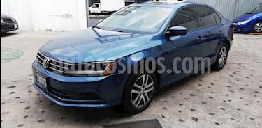 Foto venta Auto usado Volkswagen Jetta Trendline (2018) color Azul precio $245,000