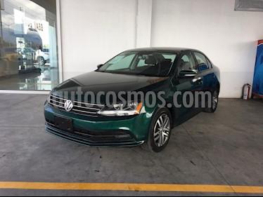 Foto Volkswagen Jetta Trendline usado (2017) color Verde precio $238,000