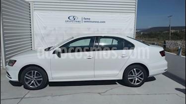 Foto venta Auto usado Volkswagen Jetta Trendline (2018) color Blanco precio $229,000