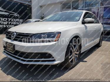 Foto venta Auto usado Volkswagen Jetta Trendline (2017) color Blanco precio $249,000