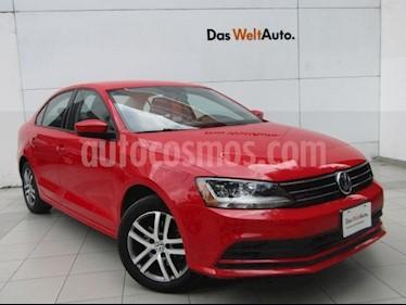 Foto venta Auto usado Volkswagen Jetta Trendline (2018) color Rojo Tornado precio $232,000